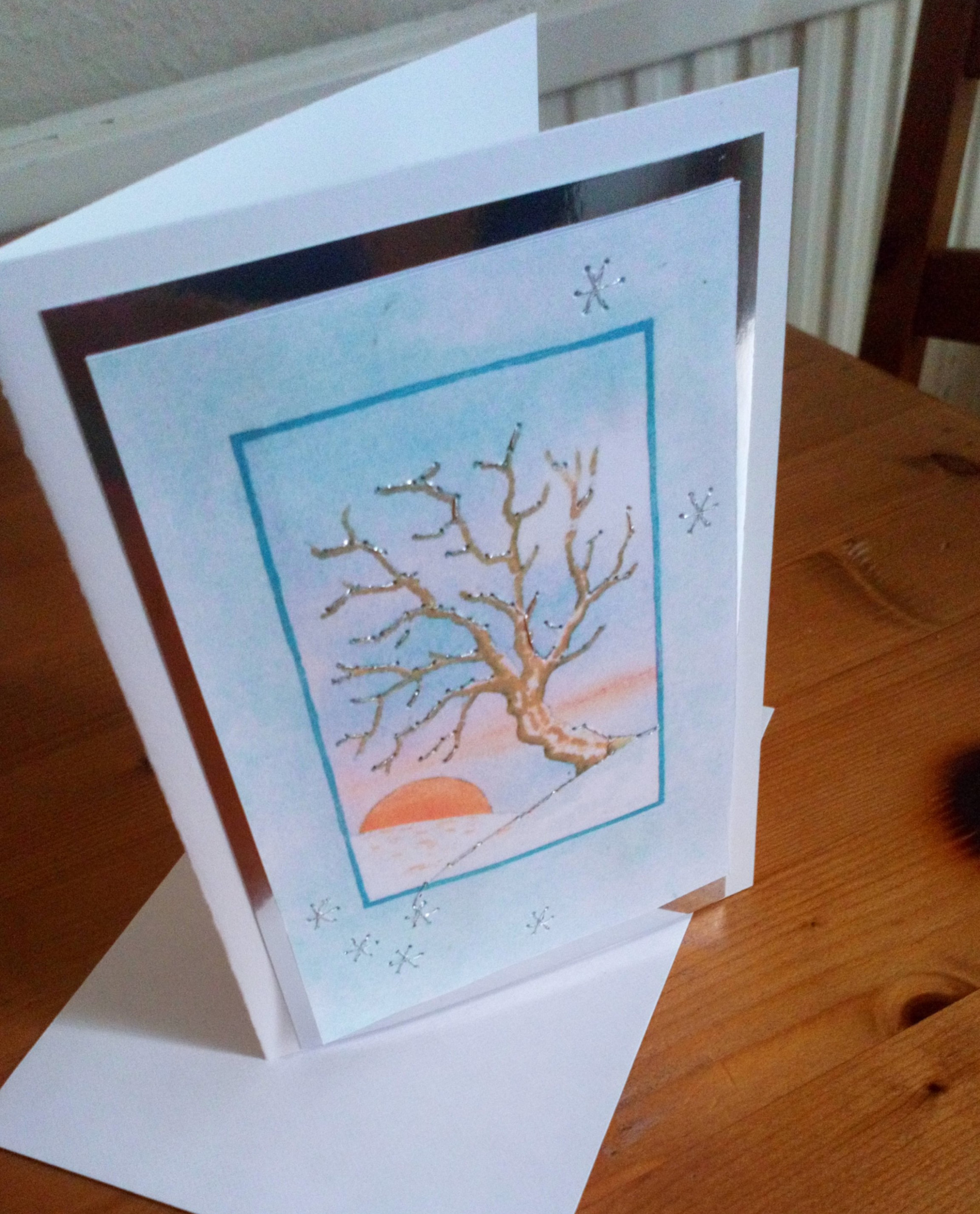 Linda generously helped people living with dementia and their families to make beautiful sparkling cards on 9th June 2020.